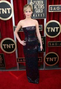 140118-galleryimg-otrc-AP-screen-actors-guild-sag-awards-2014-red-carpet-ljennifer-lawrence