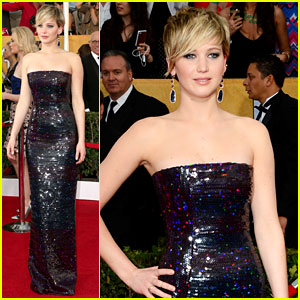 jennifer-lawrence-sag-awards-2014-red-carpet2