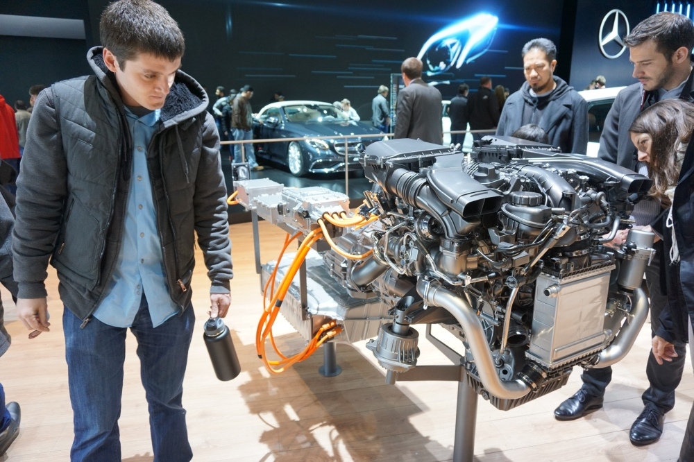 Mercedes Benz Engine NAIAS 2016